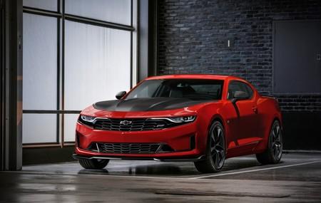 ¡A por el Mustang! El Chevrolet Camaro se lava la cara con más tecnología pero manteniendo sus 456 CV