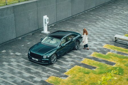 Bentley Flying Spur Hybrid 2021 006