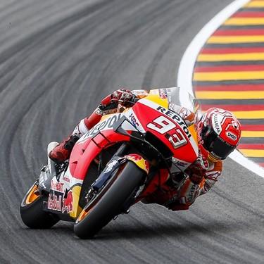 ¡Aplastante! Marc Márquez domina en Alemania para conseguir su décima consecutiva en Sachsenring