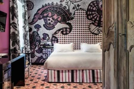 ¿Buscando un lugar para descansar en Arles? Hotel Jules Cesar