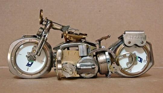 Foto de Motos hechas con relojes (4/25)