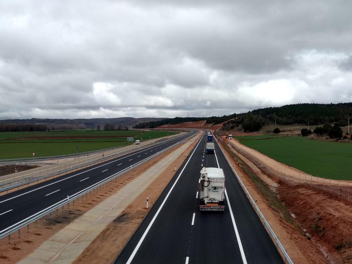 Las constructoras piden que paguemos ya peajes en las autovías, a razón de 0,03 euros por kilómetro