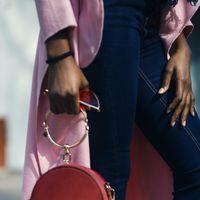14 Bolsos (y una mochila) de firma rebajadísimos en las Mid Season Sales de El Corte Inglés: DKNY, Guess y Valentino más baratos