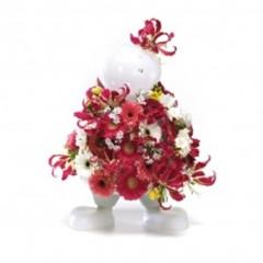 Foto 3 de 5 de la galería un-jarron-o-un-muneco-que-se-viste-con-las-flores en Decoesfera