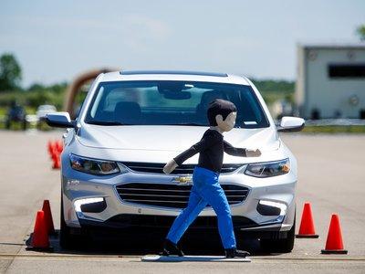 Google y los fabricantes protestan por la nueva normativa de conducción autónoma de California