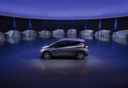 General Motors también alza la mano y anuncian que sólo se centrarán en fabricar coches eléctricos