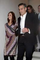 Clooney y Larson, bien juntitos