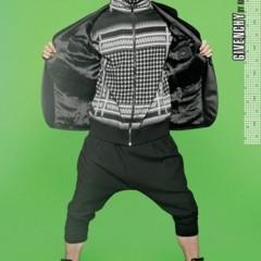 Foto 2 de 13 de la galería el-catalogo-completo-de-barneys-para-la-primavera-2010 en Trendencias Hombre