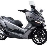 El Daelim XQ2 300 llega como la opción asequible para los scooter medios por 3.595 euros