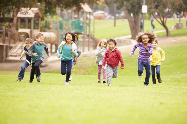 ¡No les quitemos ojo! Los peligros más frecuentes en los parques infantiles