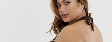 Estrías, michelines y marcas de la piel en las modelos de Asos: el ejemplo perfecto de normalización body-positive