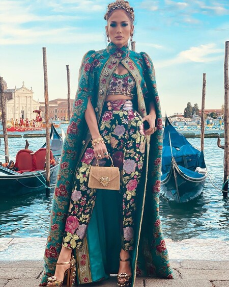 Jlo Dolce Gabbana Hc Venice 02