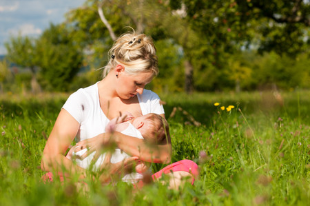 Una investigación confirma que la leche materna de todas las madres es buena