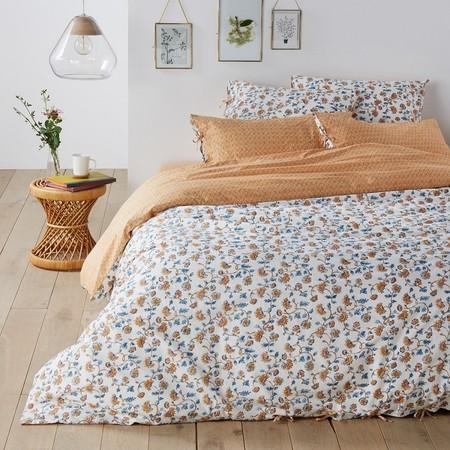 Ropa de cama con estampados florales