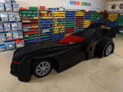 Medio millón de Legos se necesitaron para construir la réplica más increíble del Batimóvil