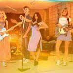 The Atomics y Lucky Blue Smith protagonizan la campaña de H&M Loves Coachella
