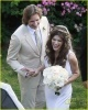 milla-jovovich-wedding-picture-20.jpg