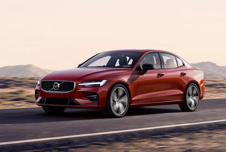 El nuevo Volvo S60 y sus 415 hp dan un manotazo en la mesa del A4 y el Serie 3