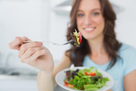 Es importante que tu dieta te permita comer en sociedad