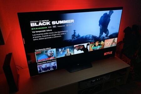 """Netflix comienza a activar a nivel global la función de """"Reproducir algo"""" con contenidos recomendados"""
