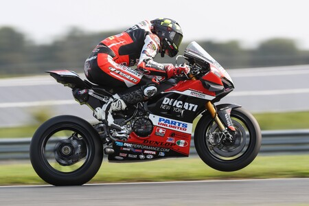 Baz Ducati Motoamerica 2021