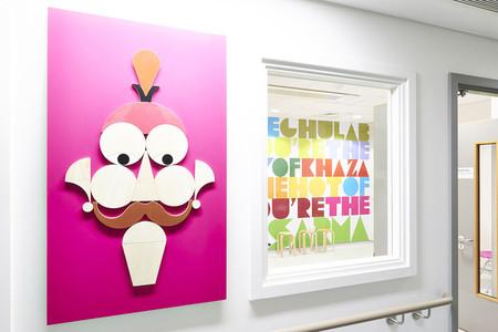 Graciosos personajes decoran las paredes