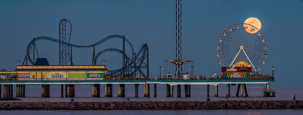 Moonrise At The Pier Sergio Garcia