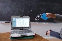 Intel hace más resistentes sus tablets educativas