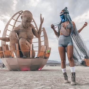Parece Mad Max, pero es el Burning Man, un festival de arte y música que trae los estilismos más locos del año (y que no vas a creer)