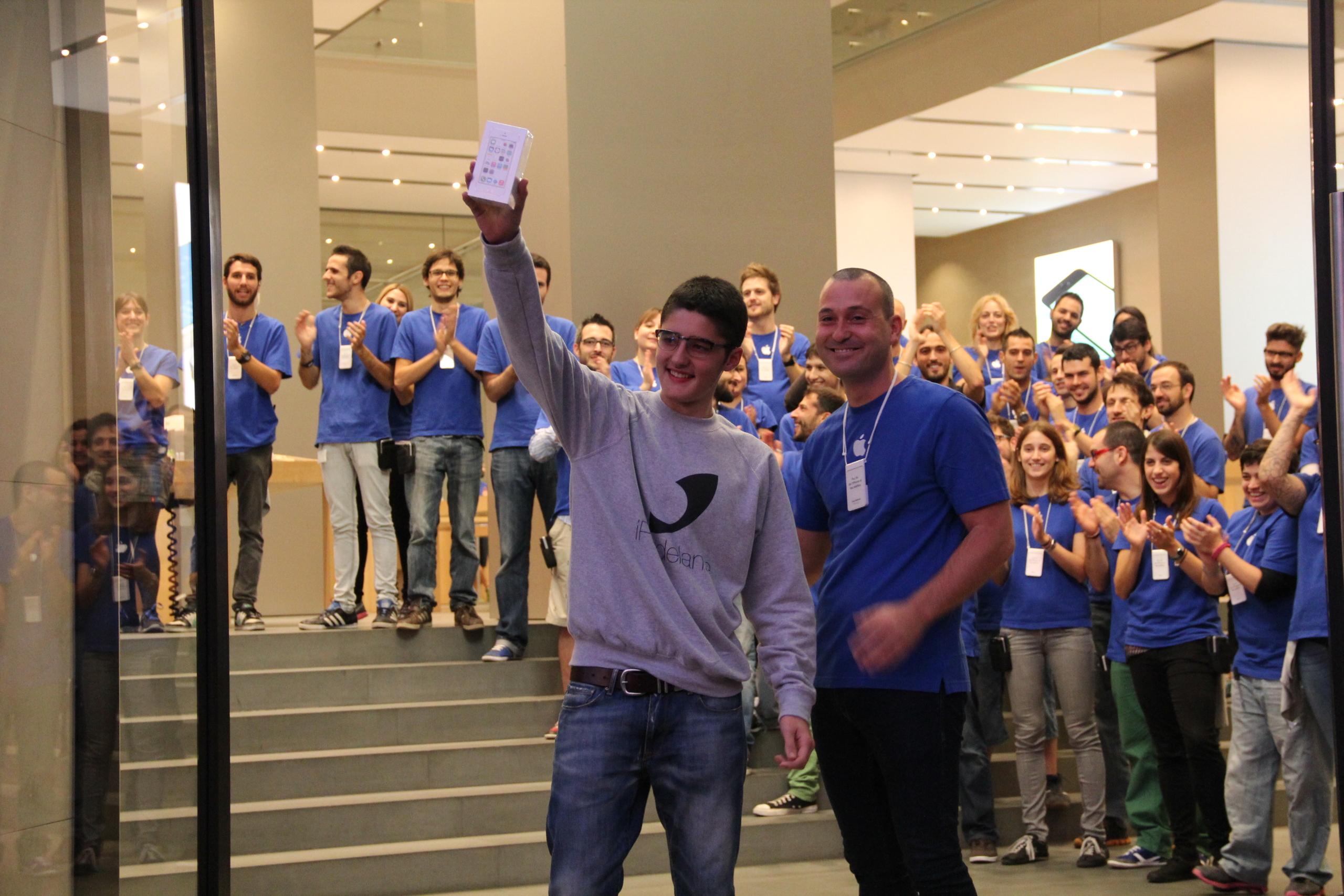 Foto de Lanzamiento de los iPhone 5s y 5c en Barcelona (8/17)