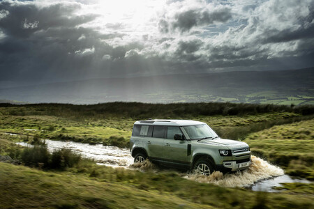 Land Rover Defender 110 P400e