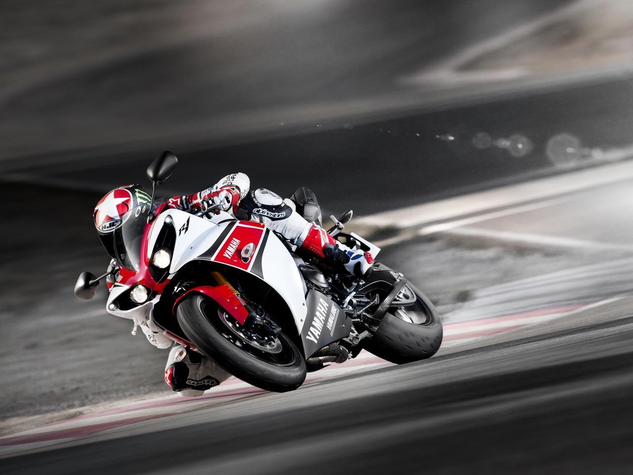 Foto de Yamaha YZF-R1 2012 50 aniversario, datos e imágenes oficiales (17/20)