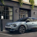 El nuevo Citroën C4 llegará tras el verano con una versión 100% eléctrica de 350 km de autonomía