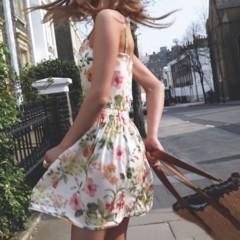 la-inspiracion-del-streetstyle-sigue-en-pull-bear-primavera-2011