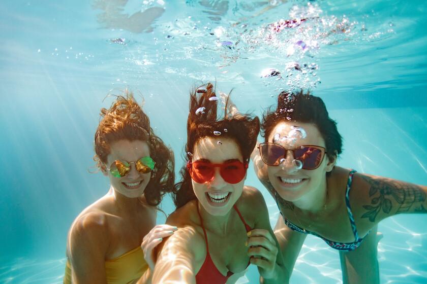 Este verano reabrirán algunas piscinas: todas las claves para evitar contraer algunas de las infecciones y riesgos para la salud más habituales