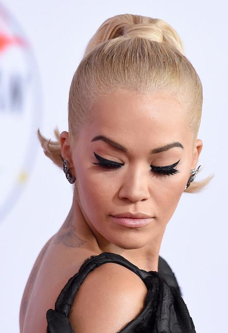 Rita Ora Amas