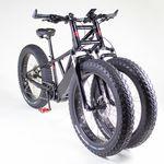 ¡Imparable! Esta bicicleta eléctrica tiene tres ruedas, dos horquillas y puede costar más de 5.500 euros