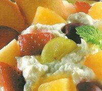 Macedonia con queso ricotta
