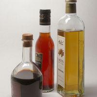 El vinagre: cómo se hace, tipos y como usarlo en la cocina