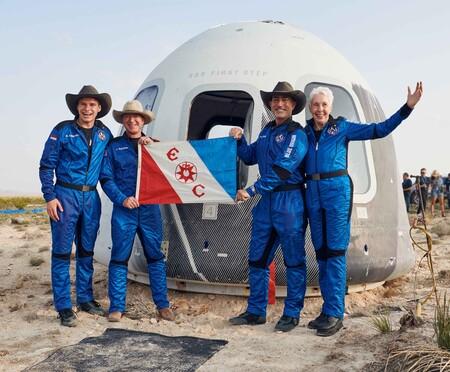 Blue Origin First Human Flight L0 Crew Explorers Club Flag 2
