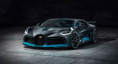 Con 1,500 hp, el Bugatti Divo es el rey de los Bugatti... aunque no el que tiene mayor velocidad final