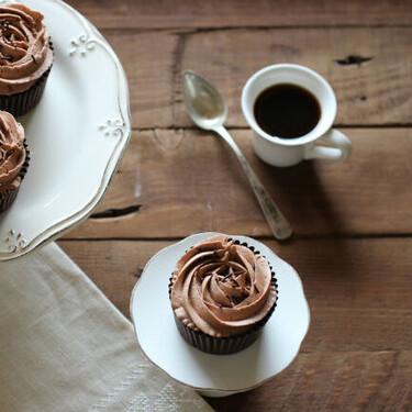 Cupcakes de chocolate y moka: receta para una merienda chic