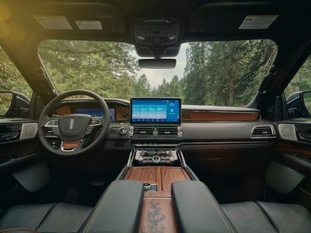 Lincoln Navigator 2022 29