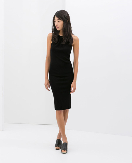 Vestido negro de tirantes zara