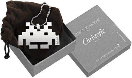 Colgante de Space Invaders hecho en plata
