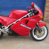 La Ducati 851 que pasó por las manos de Richard Hammond y James May sale a subasta, estimada en 13.000 euros