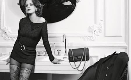 Kristen Stewart o Marilyn Monroe, flipo con la nueva campaña de la colección Métiers d'Art París en Roma de Chanel