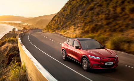 Ford podría estar plantándose un Mustang Mach-E Shelby, que sería el lado más salvaje del SUV eléctrico