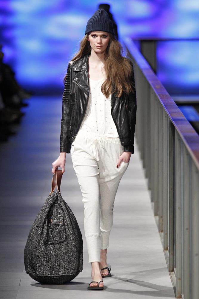 Foto de TCN Otoño-Invierno 2014/2015 en la 080 Barcelona Fashion (25/120)