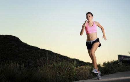 Para rendir más en la carrera no debemos olvidar el resto del cuerpo